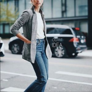 T TAHARI | trendy plaid blazer
